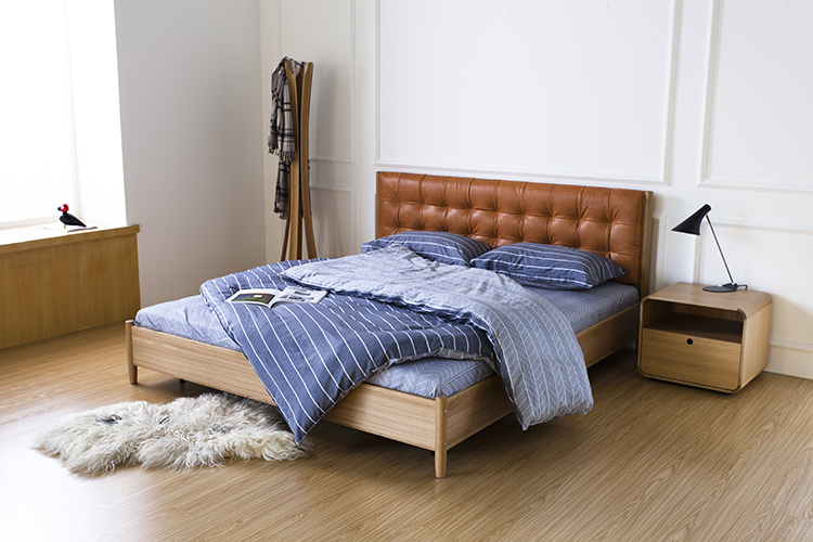 Onni King Bed